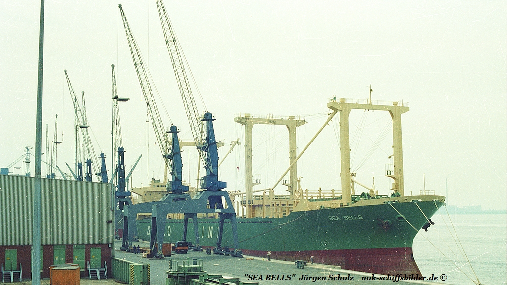 SEA BELLS Bremerhaven 1982 ,..jpg