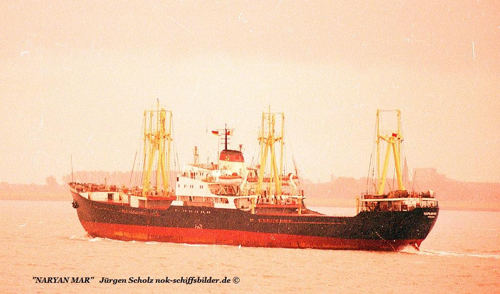 NARYAN MAR Weser Bremerhaven 08.1987 Imo  6521161.jpg