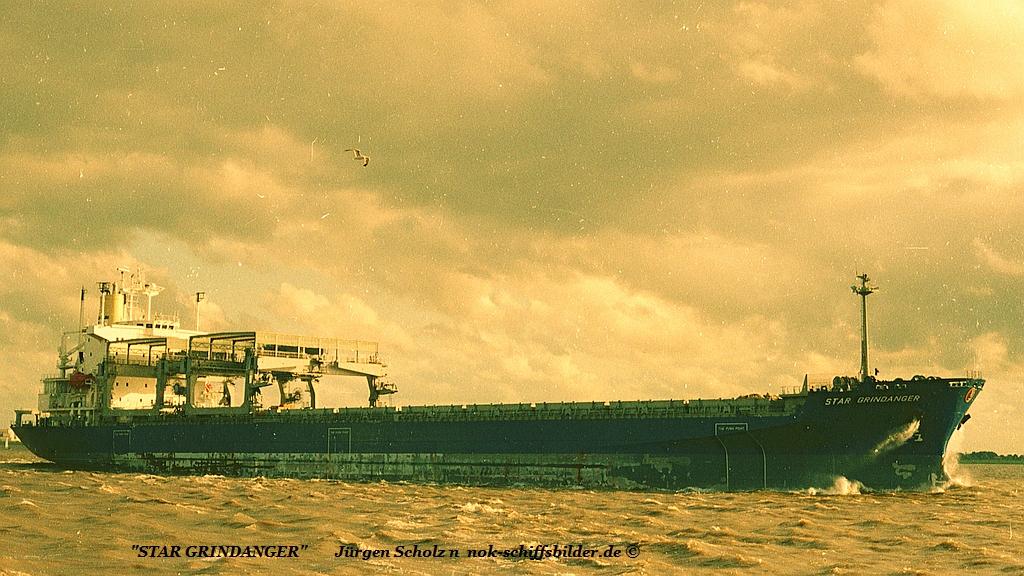 STAR GRINDANGER  Weser Bremerhaven 08.1987.jpg