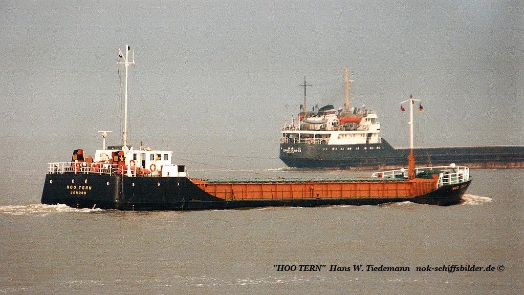 Hoo Tern, GBR, -85, 794 gt, IMO 8410263 - 24.04.94 Cux.jpg