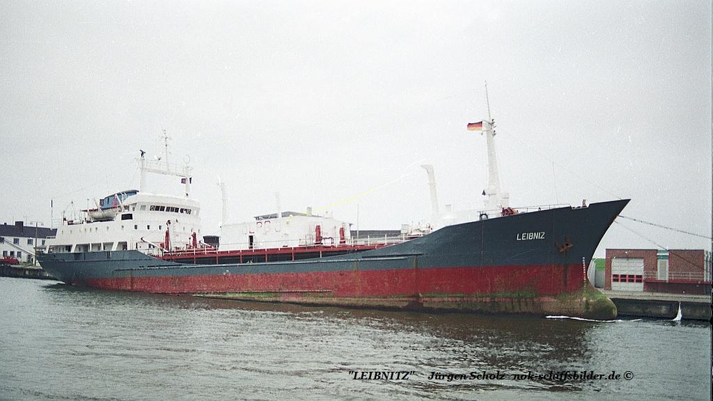 LEIBNITZ Bremerhaven 29.07.1990.jpg