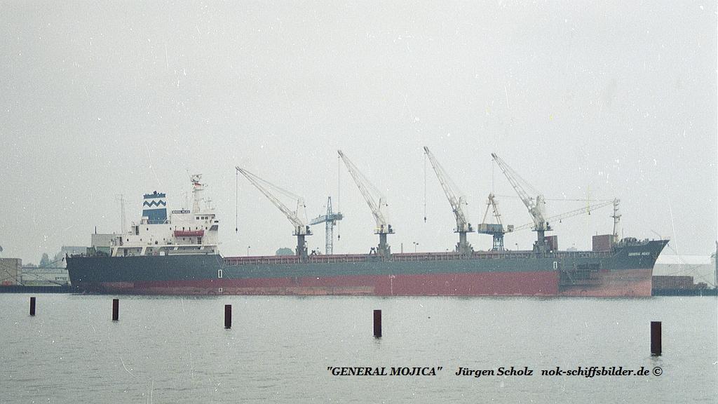 GENERAL MOJICA Bremerhaven 07.1990.jpg