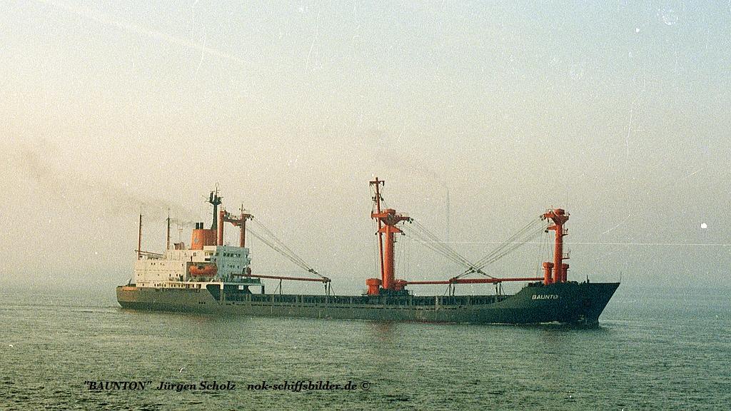 BAUNTON Weser Bremerhaven 11.1983.jpg