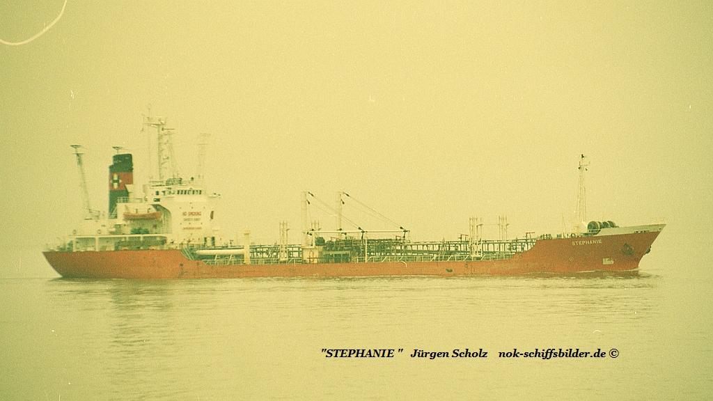 STEPHANIE Weser Bremerhaven 01.1990.jpg