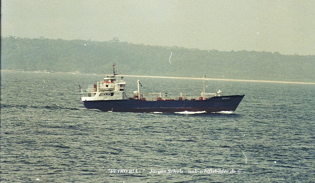 PETRO BIA SanPetro W-Afrika 03.10.1987.jpg