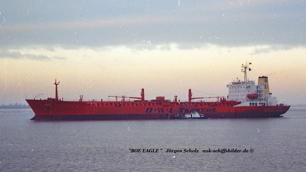 BOW EAGLE Weser Bremerhaven 01.1990.jpg