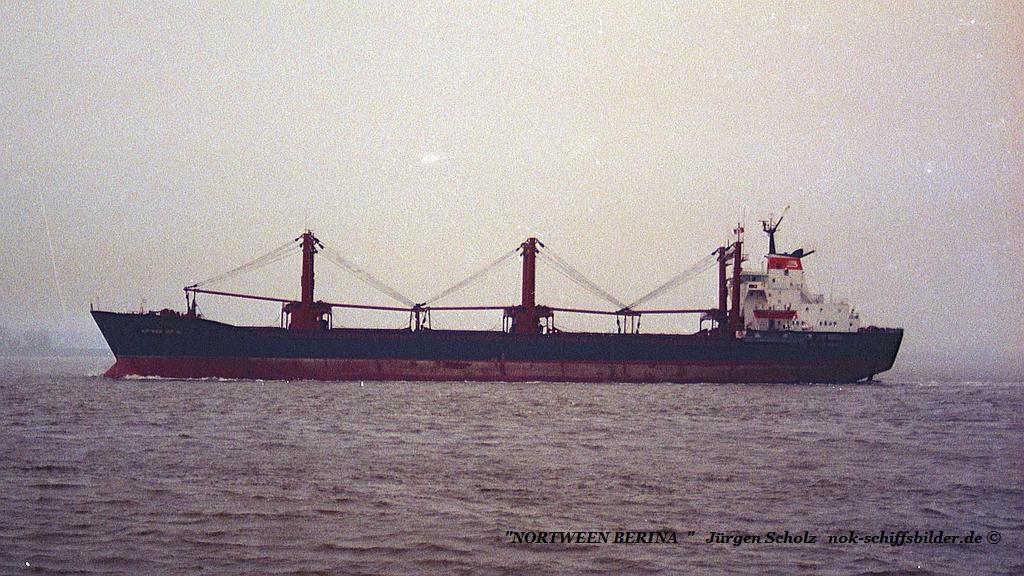 NORTWEEN BERINA  Weser Brtemerhaven 01.1990 qu.jpg