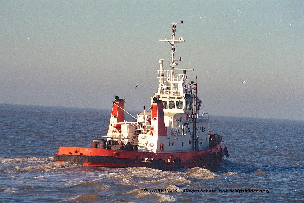 TS HERKULKES Bremerhaven 01.1990 va weser.jpg