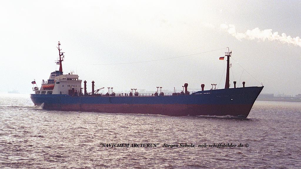 NAVICHEM ARCTURUS Weser Bremerhaven 01.1990.jpg