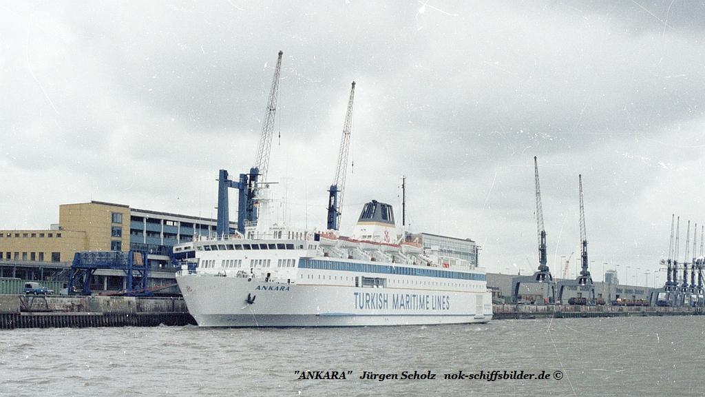 ANKARA Bremerhaven 06.1983.jpg