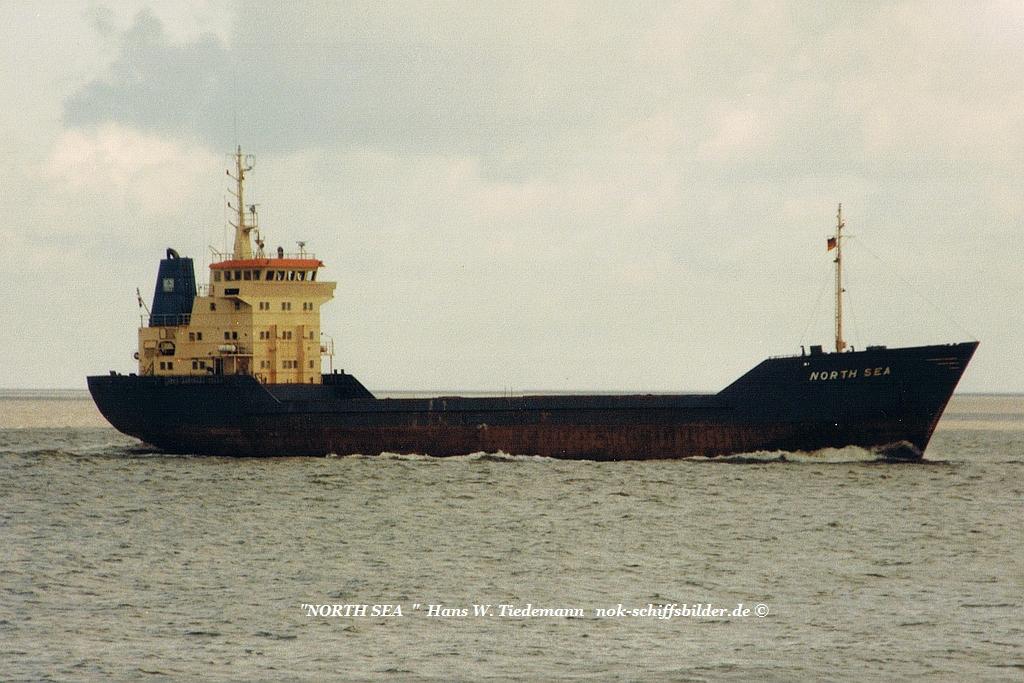 North Sea, NLD - 03.04.94 Cux.jpg