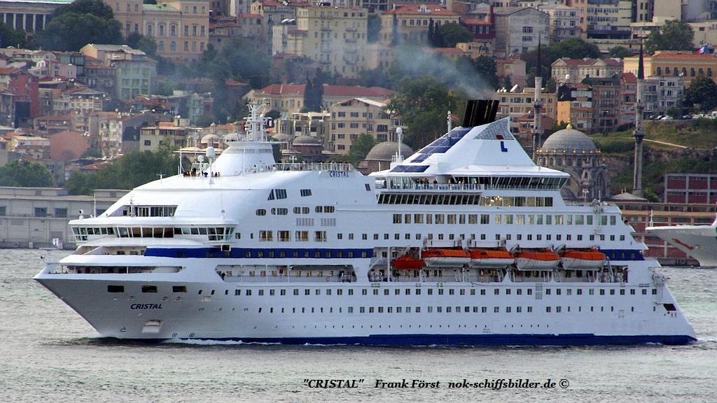 Cristal (110508-1) Bosporus.jpg
