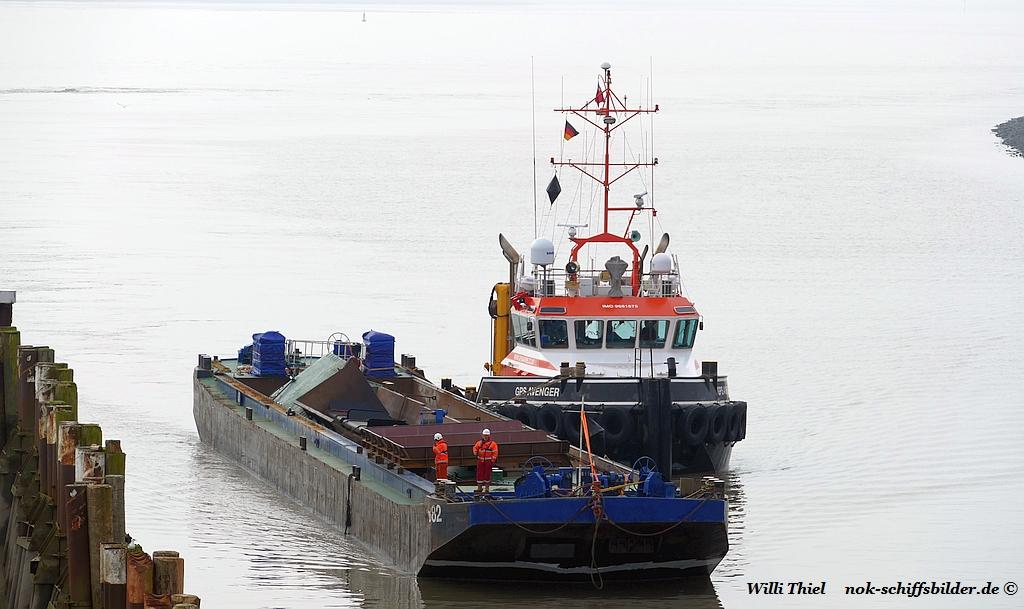 GPS AVENGER mit Barge  B82