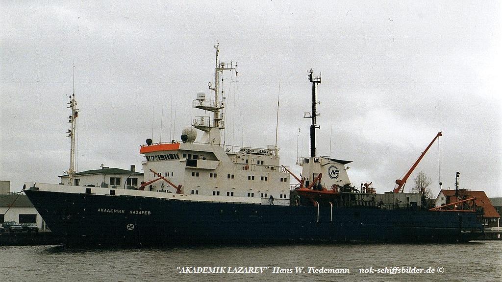 Akademik Lazarev, RUS - 08.04.999 F'hafen.jpg