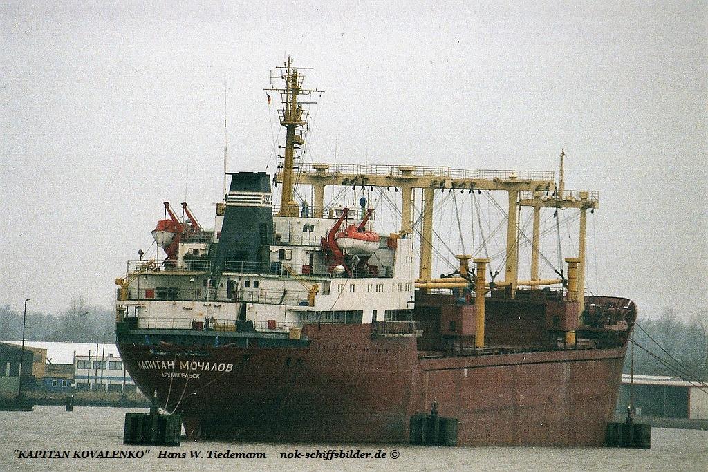 Kapitan Kovalenko, RUS, Northern Shipg. - 26.01.03.jpg