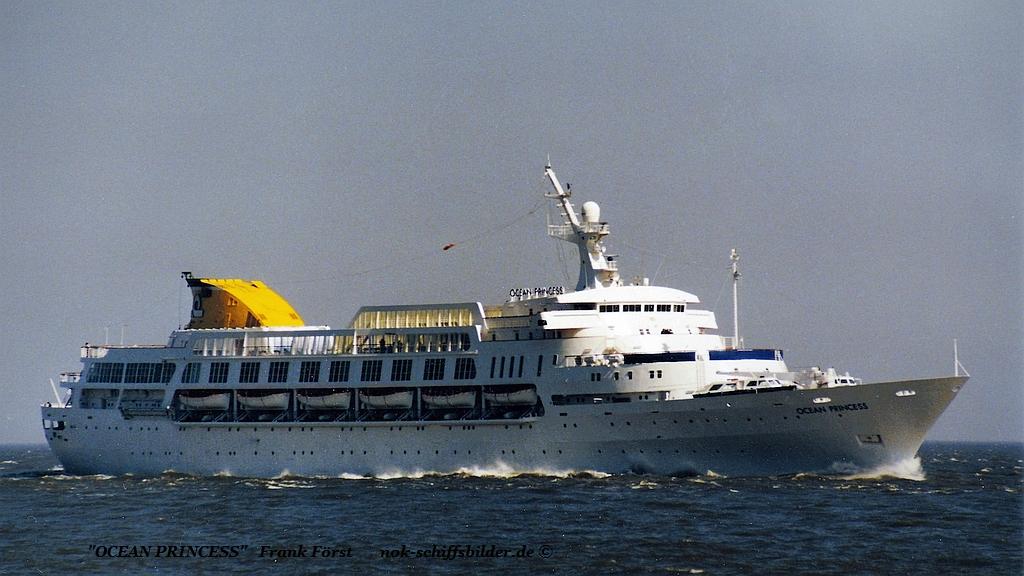 Ocean Princess (130588-1 Felszegi.jpg