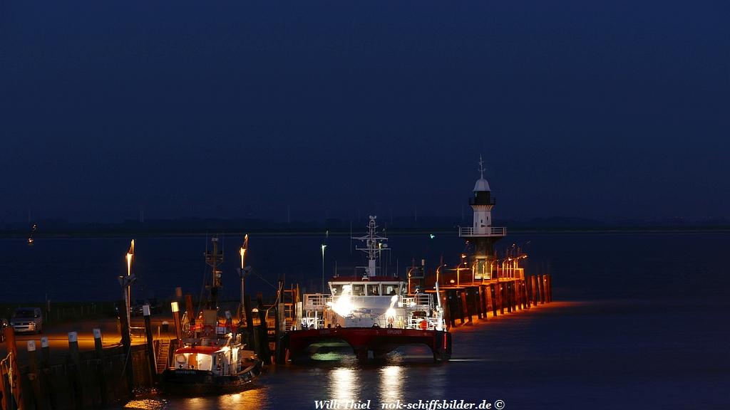 Mole 1  bei Nacht
