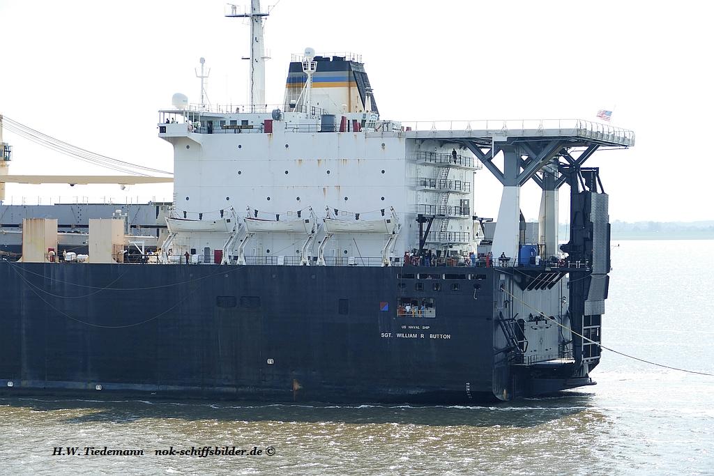 SGT.WILLIAM R.BUTTON- Achterschiff