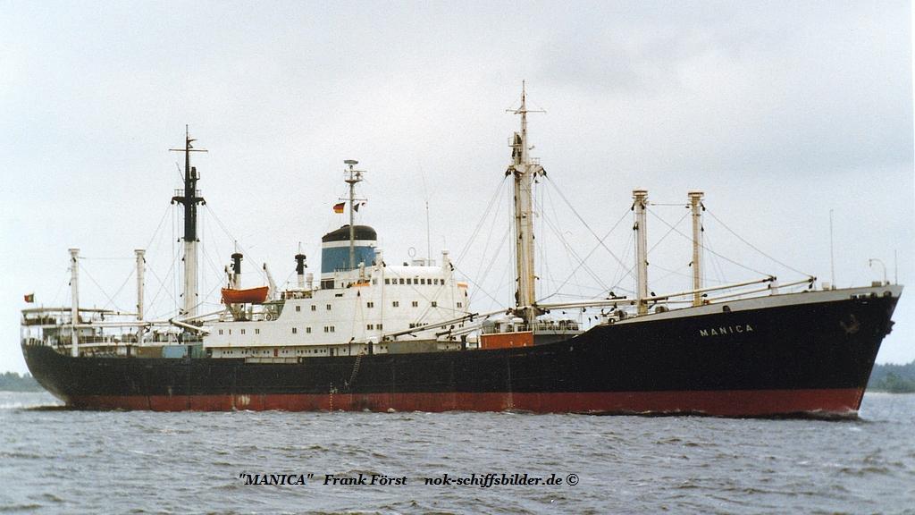 Manica (090684-2) auslaufend Hamburg.jpg