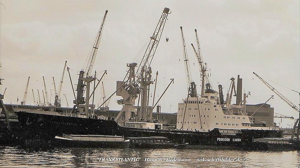 Transatlantic, DIEV, -65, Mitsui, 6.431 BRT - 07-69 Hamburg.jpg