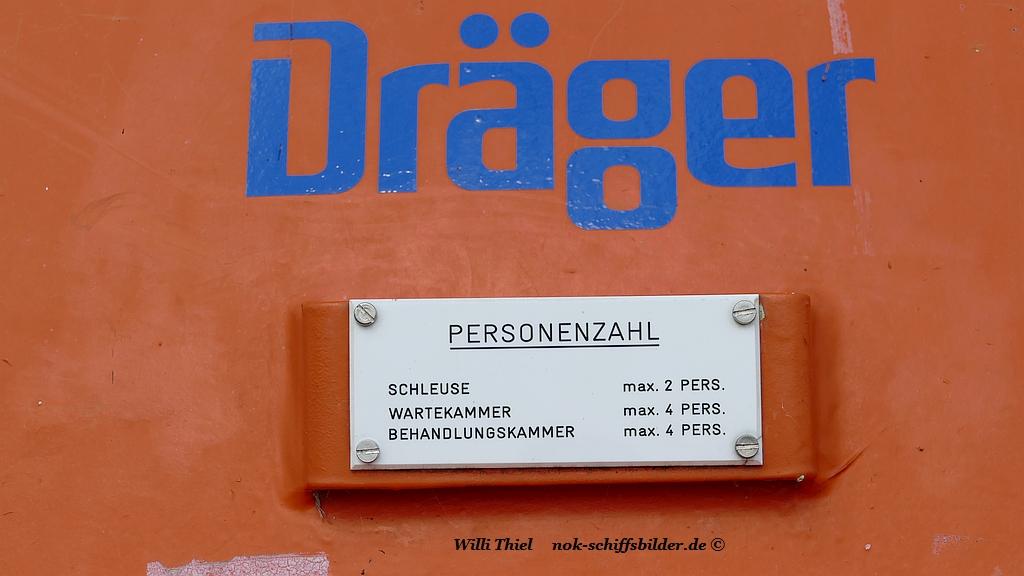 Dekrompisiti auf Schleusentor 03.09.2018 schild.jpg