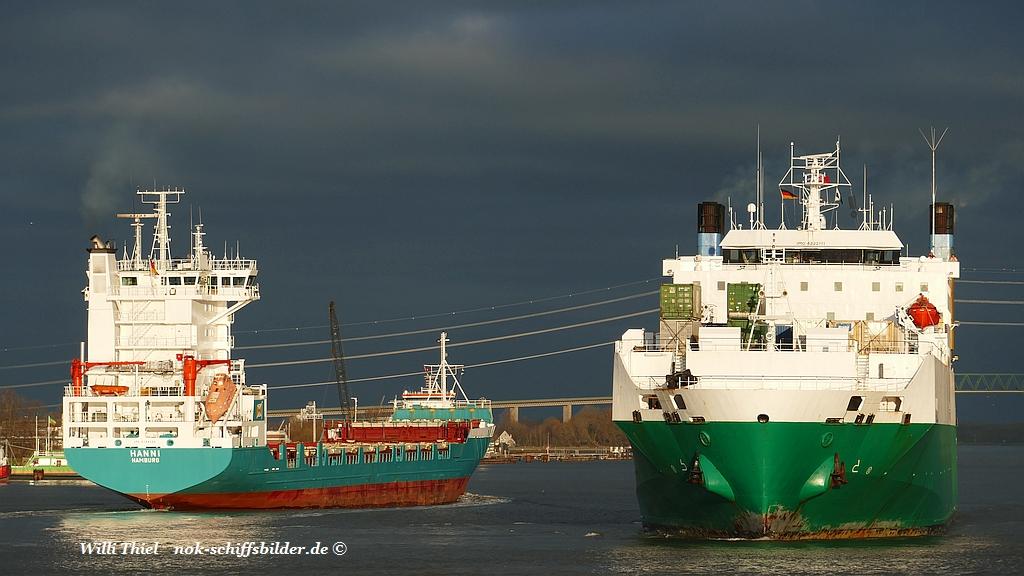 Schiffsverkehr .......