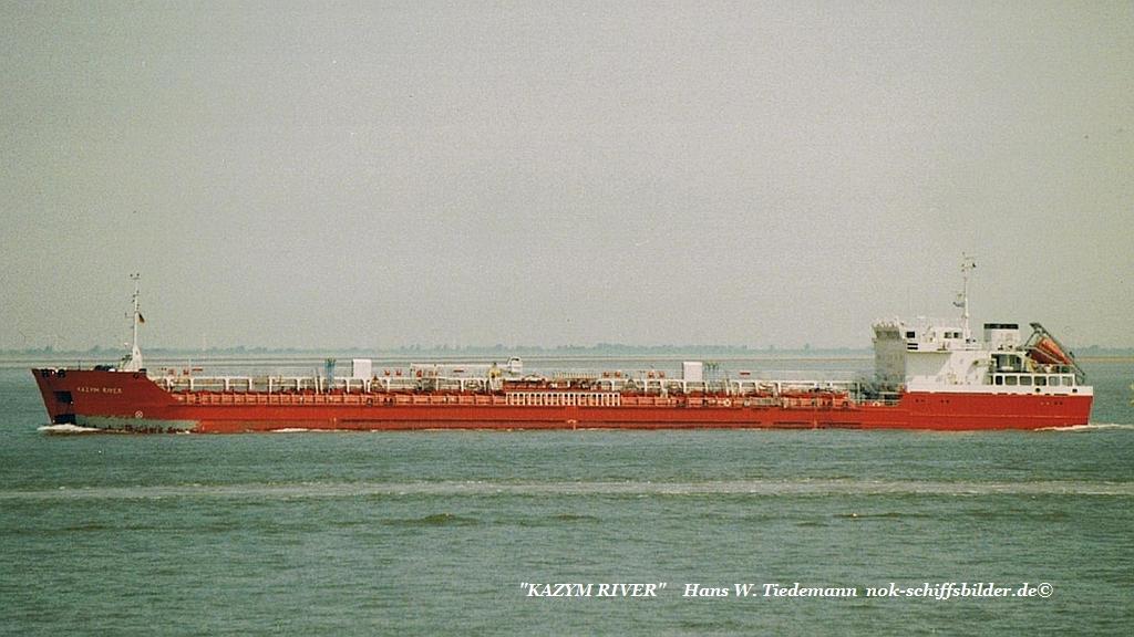 Kazym River, MLT - 20.07.03 Cux.jpg