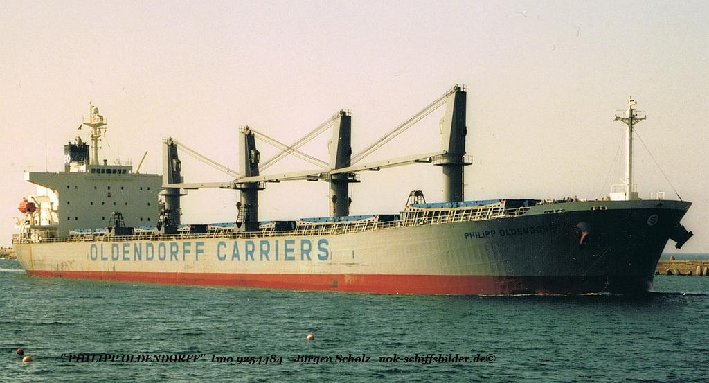 PHILIPP OLDENDORFF - IMO 9254484 einl. Durban.jpg