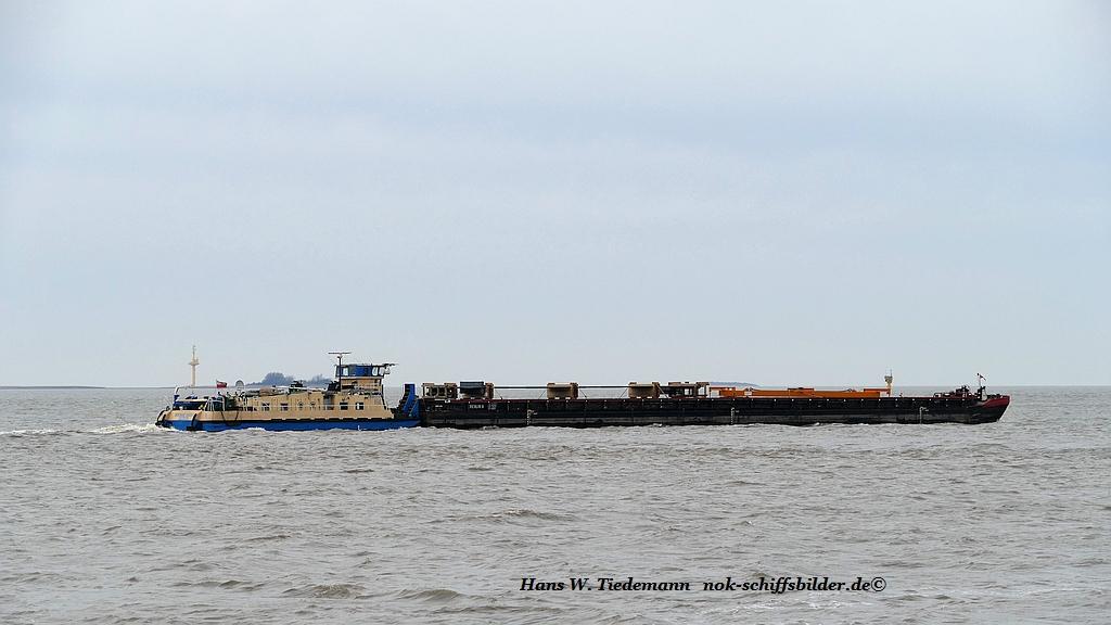 Rentrans Cargo 2, POL.  mit Berlin D - Weser.jpg