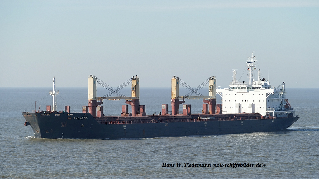Vil Atlantic, LBR, -10, 37.852 dwt - Bhv.jpg
