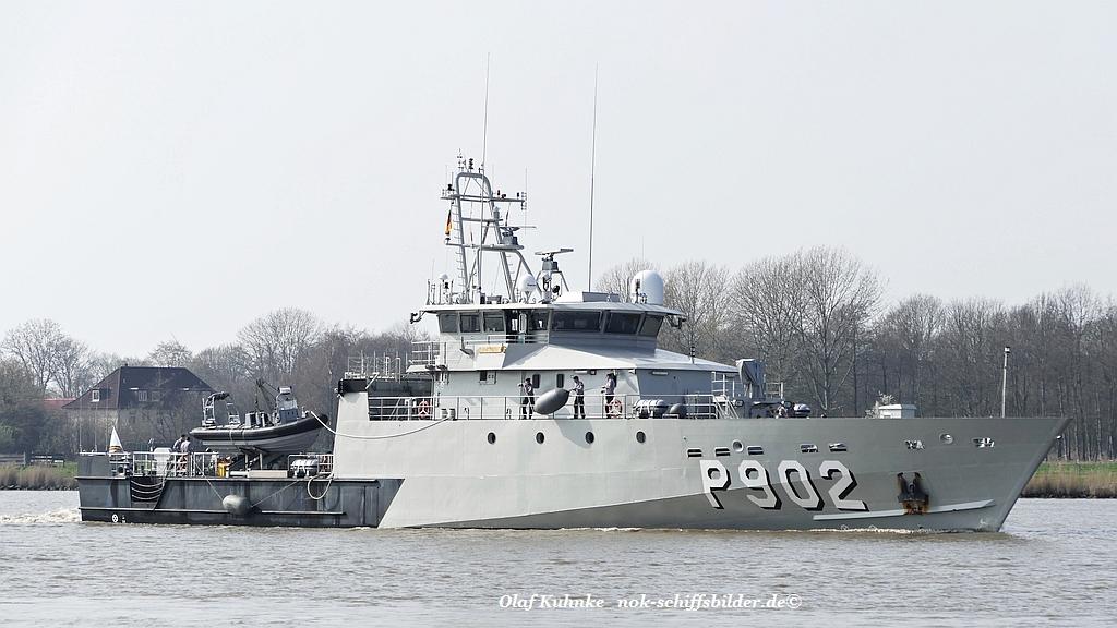 POLLUX P 902